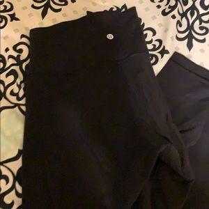 Lululemon Wunder Under Black pants size 10